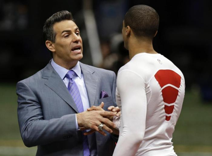 Kurt Warner, now an analyst for NFL Network, continues to work with Kaepernick in Arizona on honing his QB skills.