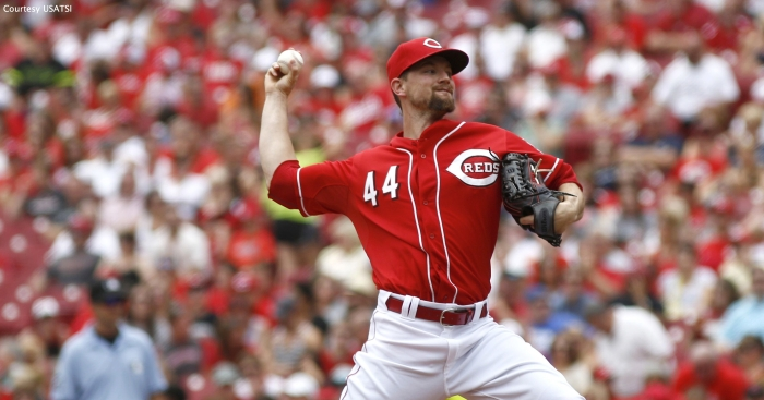 The San Francisco Giants traded for Cincinnati Reds starting pitcher Mike Leake on Thursday. It apparently heralded the end of Tim Hudson's career.